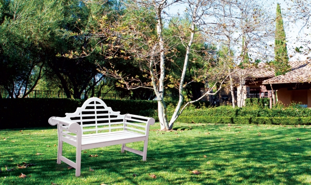 The Story of the Lutyens Bench