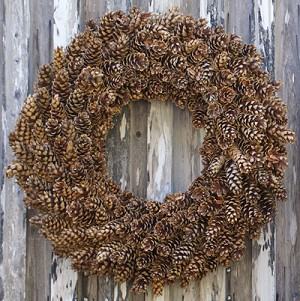 Pinecone Wreath - Natural